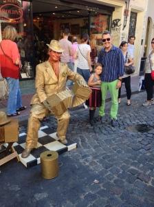 Street perfomers in San Telmo